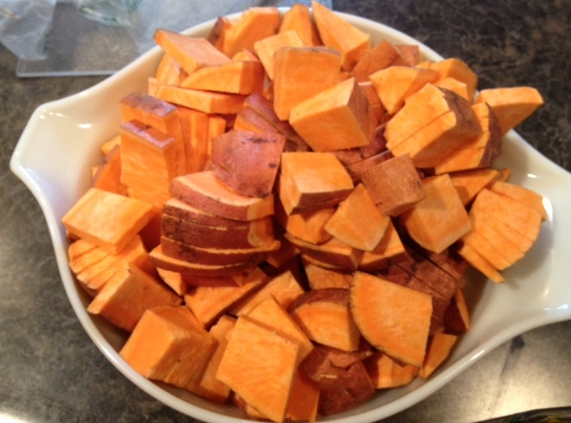 how to cut sweet potatoes into fries