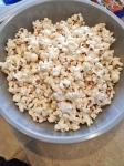 Vegan Pumpkin Caramel Popcorn