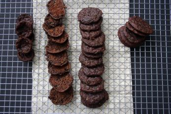 Vegan and Gluten-Free Mint Chocolate Zucchini Cookies