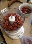 Vegan, Gluten- and Sugar-Free Pecan Butter Oatmeal Cookies