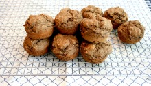 Vegan, Gluten-Free, and Sugar-Free Banana Chocolate Peanut Butter Muffins
