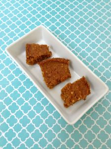 Vegan, Gluten-Free, Sugar-Free Chickpea Pumpkin Blondies