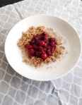 Vegan, gluten-free and sugar-free Sweet and Tart Cranberry Quinoa Bowl - Breakfast perfection!