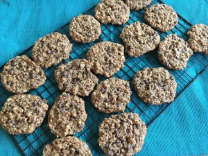 The Perfect Snack for Anyone - Vegan and Gluten-free Oatmeal Almond Chocolate Chip Cookies