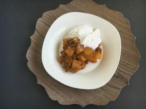 Vegan and Gluten-Free Peach Cobbler